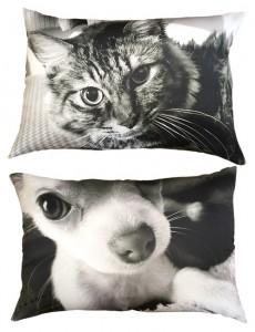 モノクロ写真の枕